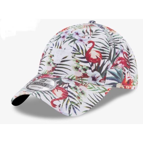 d21a99cb8ce NEW - Tropical Chicago Bulls Hat